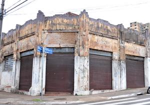 O projeto visa a restauração de prédios antigos