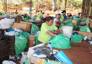 Comitiva de Chapecó conhece processo de coleta seletiva em Londrina
